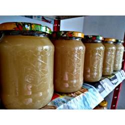 Prodej medu Vladimíra Kadeřábková, Pavel Lisec- Žatec- okres Louny