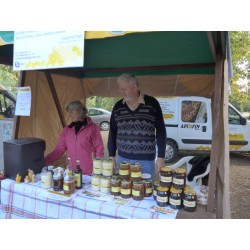 Prodej medu- Vlastimil Dlab- Lázně Bělohrad- okres Jičín